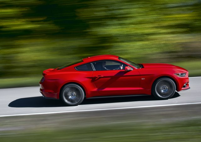 Ford releases official 2015 Mustang photos and details
