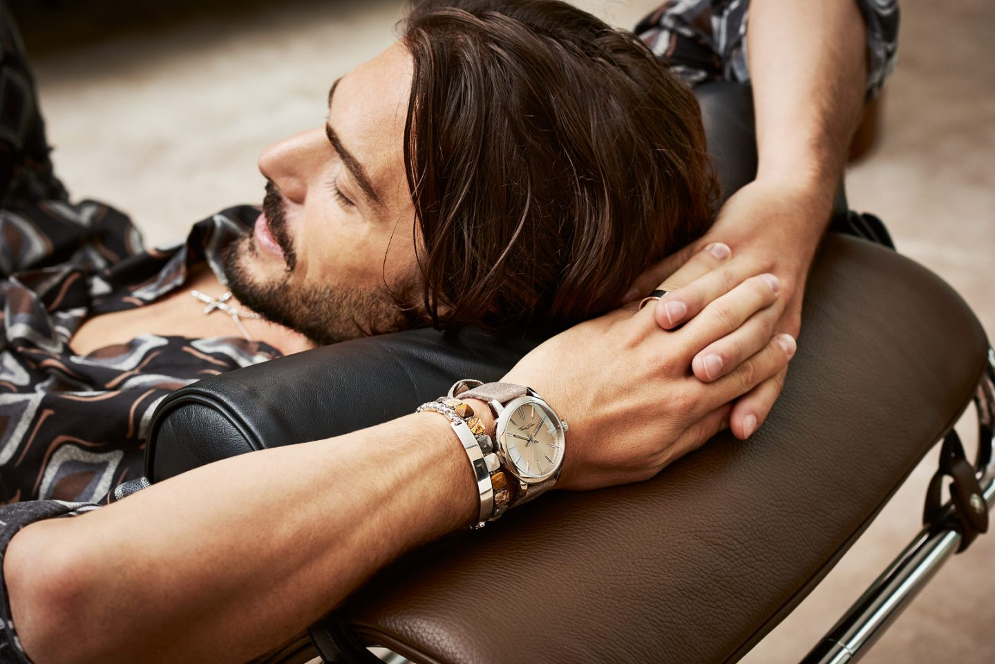 Simple faces, complex details: watches from Thomas Sabo and James Derby keep on trend