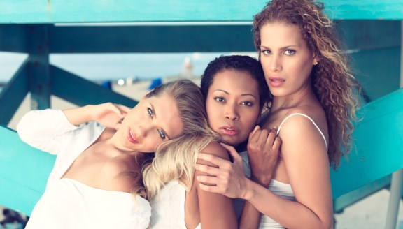 Three best friends: Thomas Salme's latest shoot